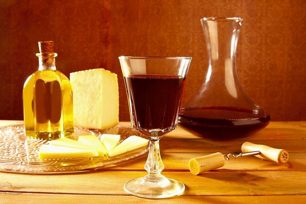 Wein und Gerichte in der Provinz Malaga