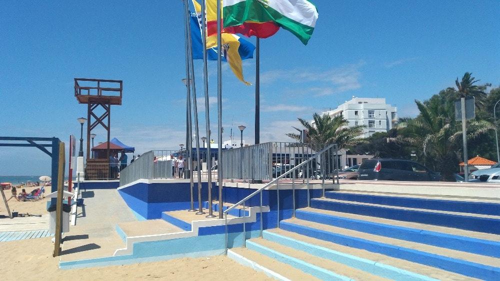 Wheelchair-accessible beach of Isla Cristina - photo courtesy of Isla Cristina Tourism Board