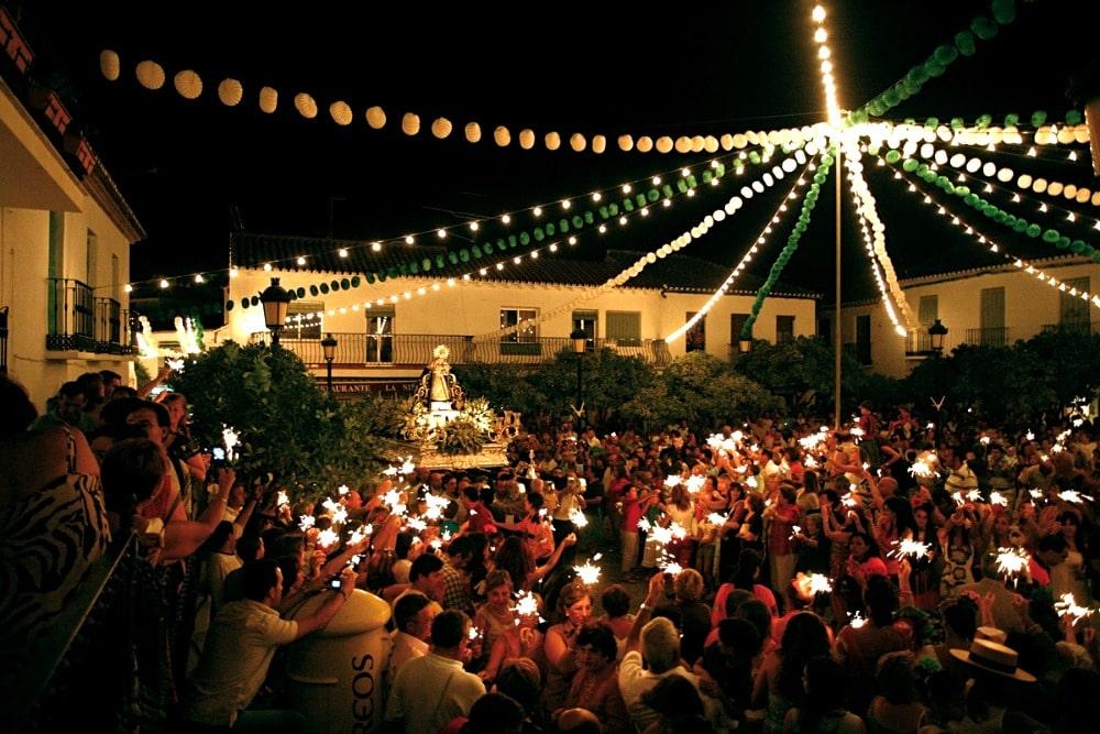 Procession de la Virgen de la Cruz à Benalmadena
