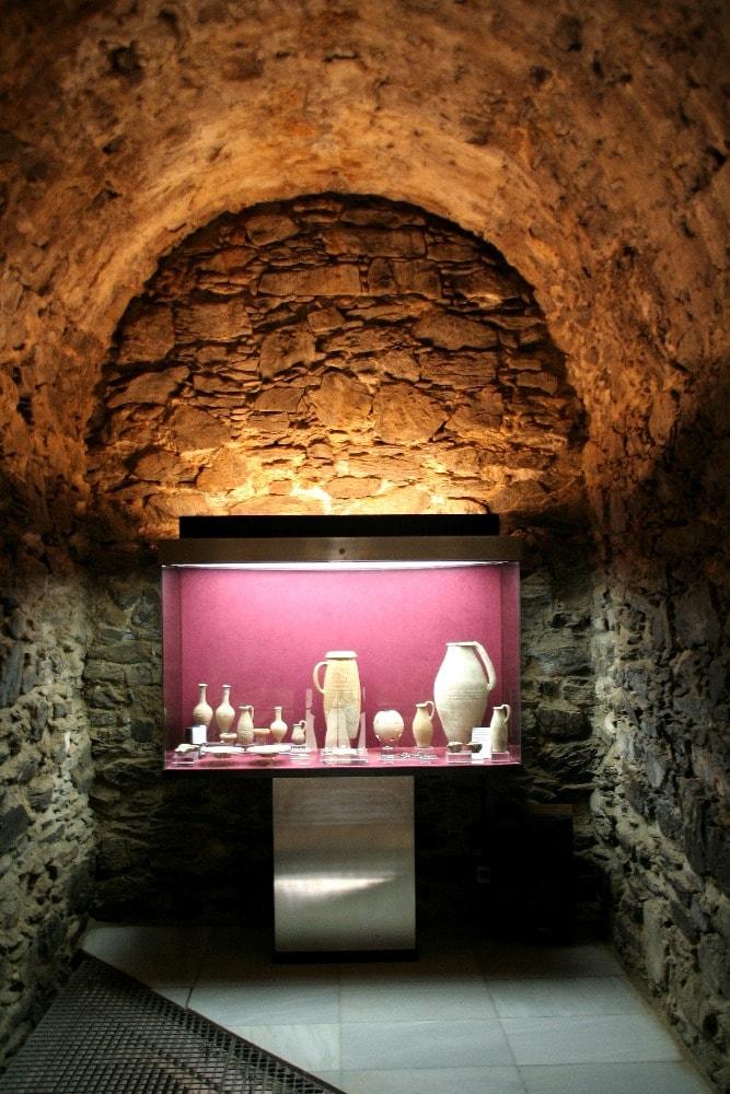 Archeologische museum van Cueva de los Siete Palacios - Wat te doen in Almuñécar