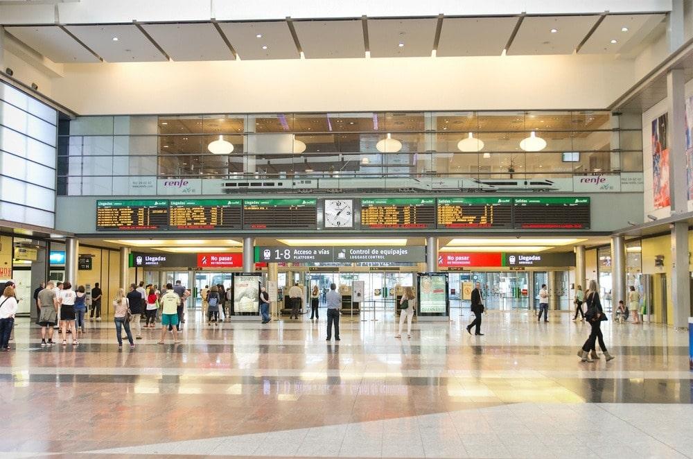 Interior de la estación de tren de Málaga
