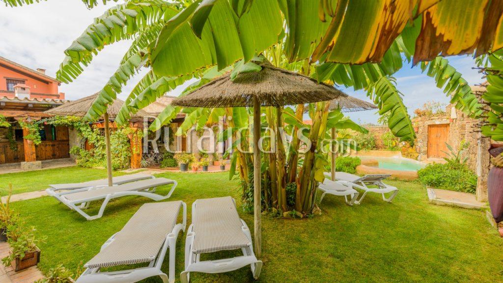 Espaciosa casa vacacional con pintoresca piscina en Conil de la Frontera - CAD1284