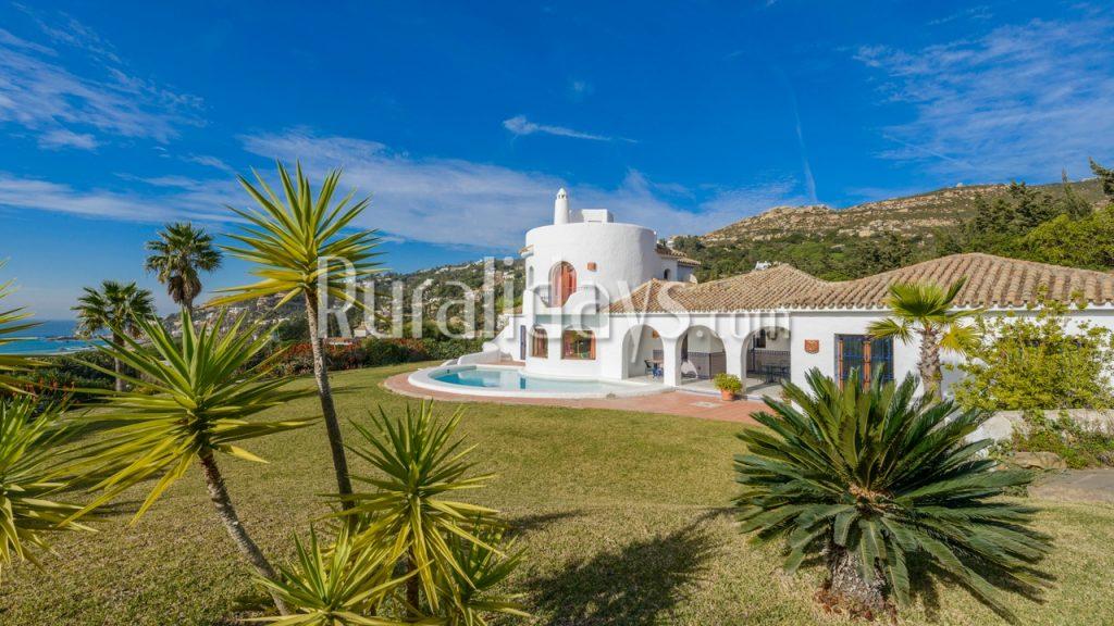 Pintoresca villa de lujo en Zahara de los Atunes - CAD1495