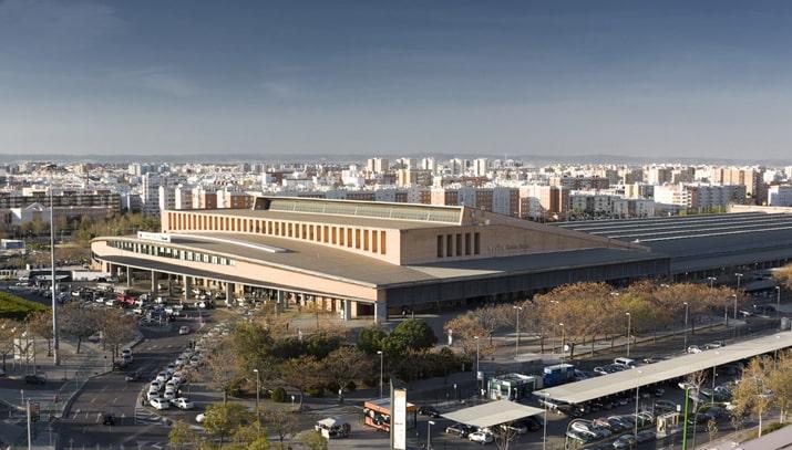 Luchtfoto van het treinstation Sevilla