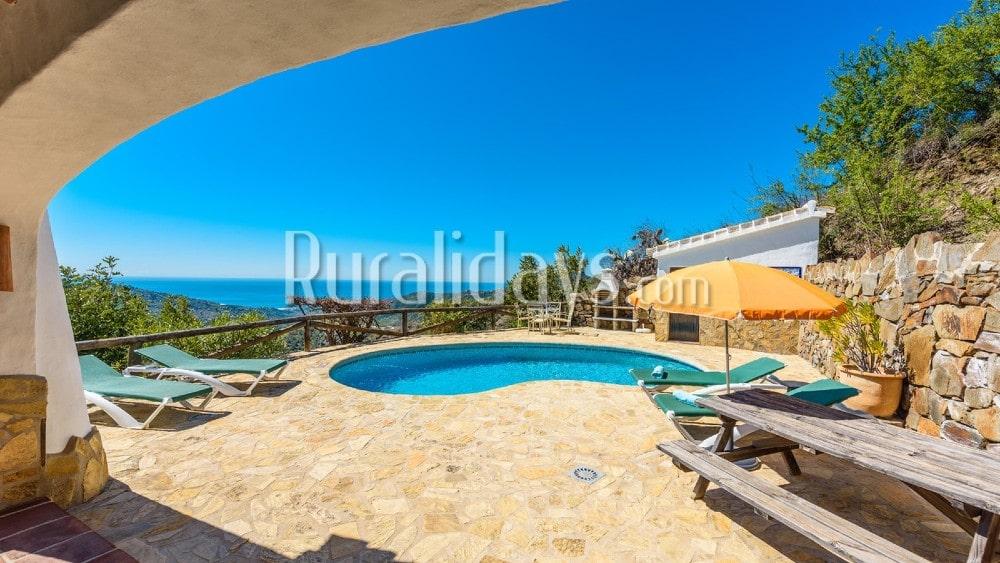 Casa de vacaciones con asombrosas vistas al mar en Cómpeta - MAL0597