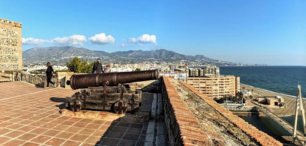 Panoramisch uitzicht vanaf het kasteel van Sohail in Fuengirola