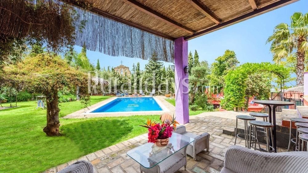 Prachtig vakantiehuis in Andalusische stijl in een vrij uitzicht in Alhaurín el Grande - MAL2069