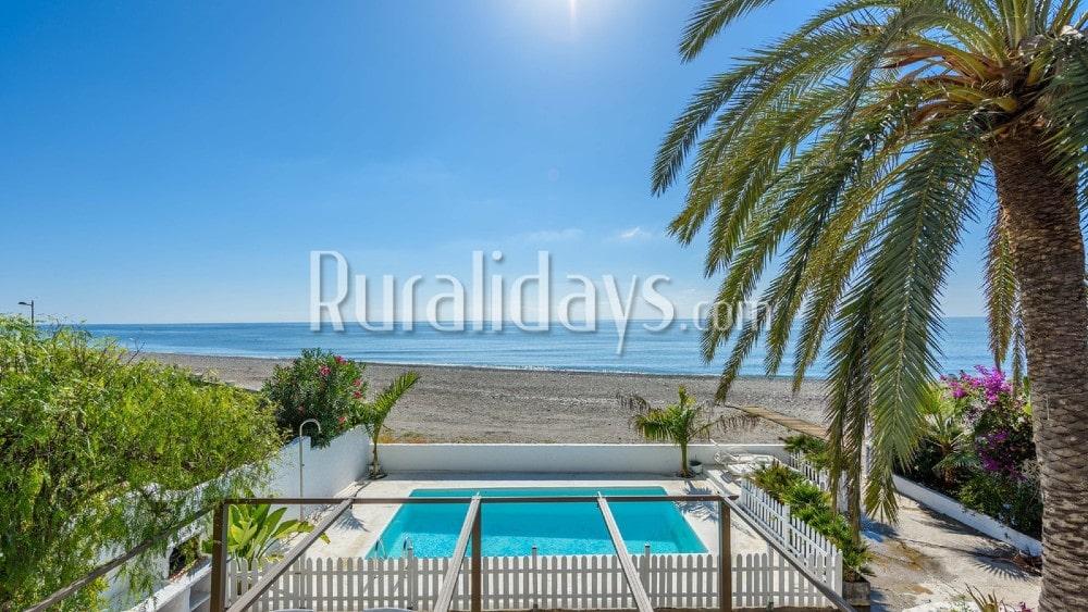 Vakantiehuis aan het strand met uitzicht op zee in Motril - GRA2081