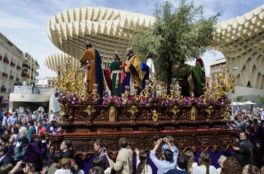 Der April in Sevilla - die Semana Santa