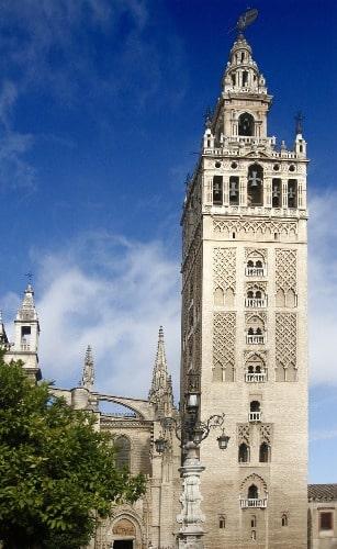 Der September in Sevilla - die Giralda