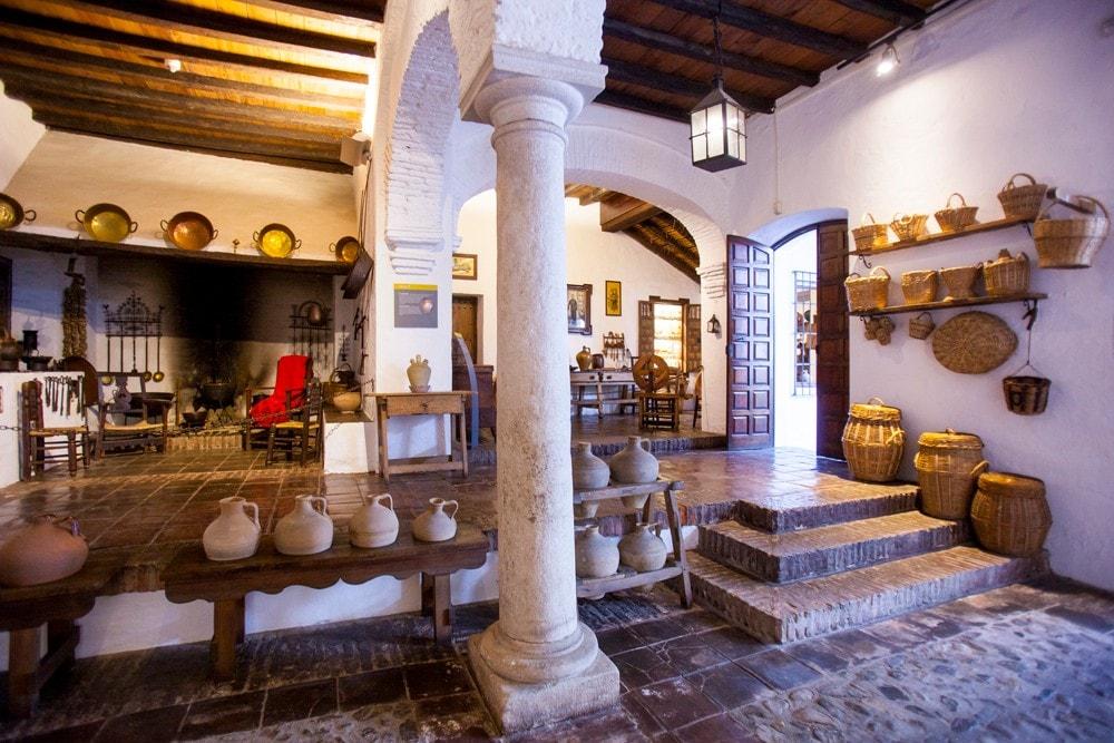 Museo de Artes y Costumbres Populares en Málaga capital