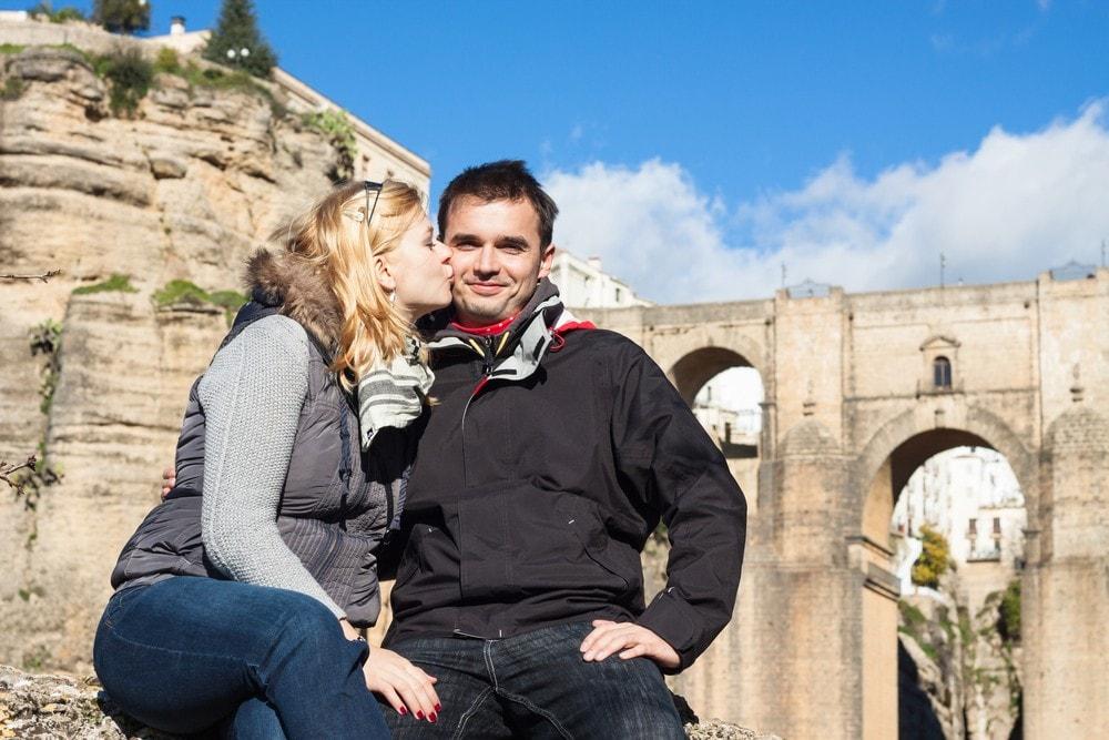 Touristes à Ronda en hiver
