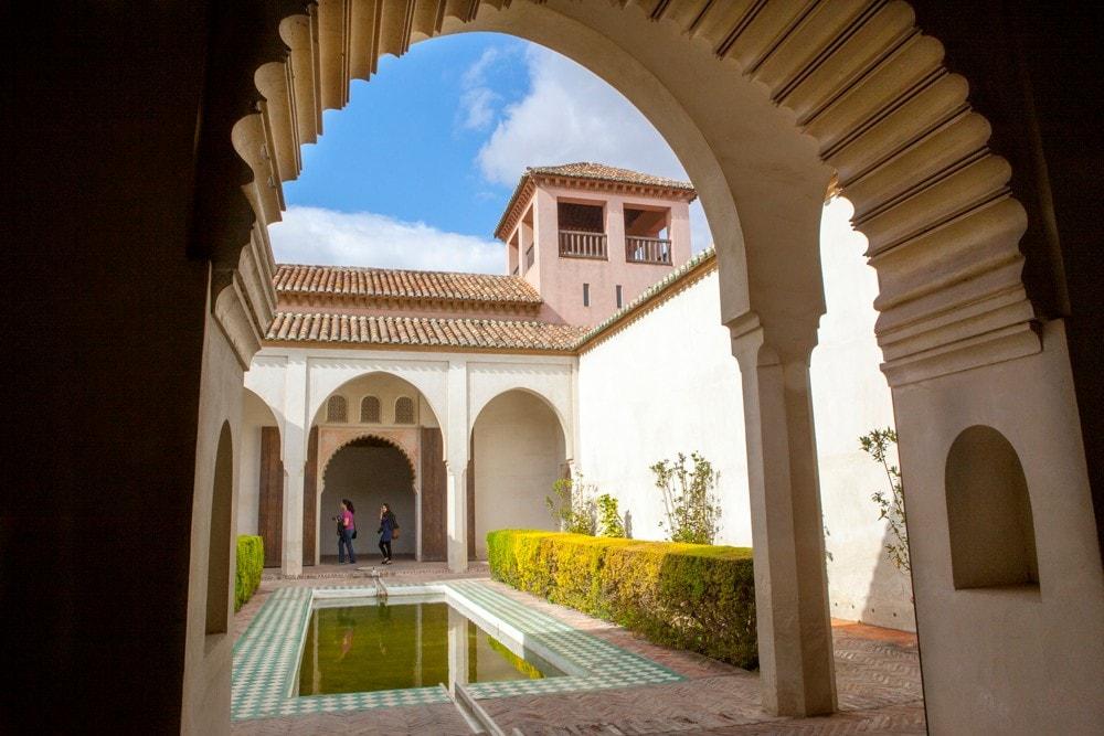 Intérieur de l'Alcazaba de Málaga